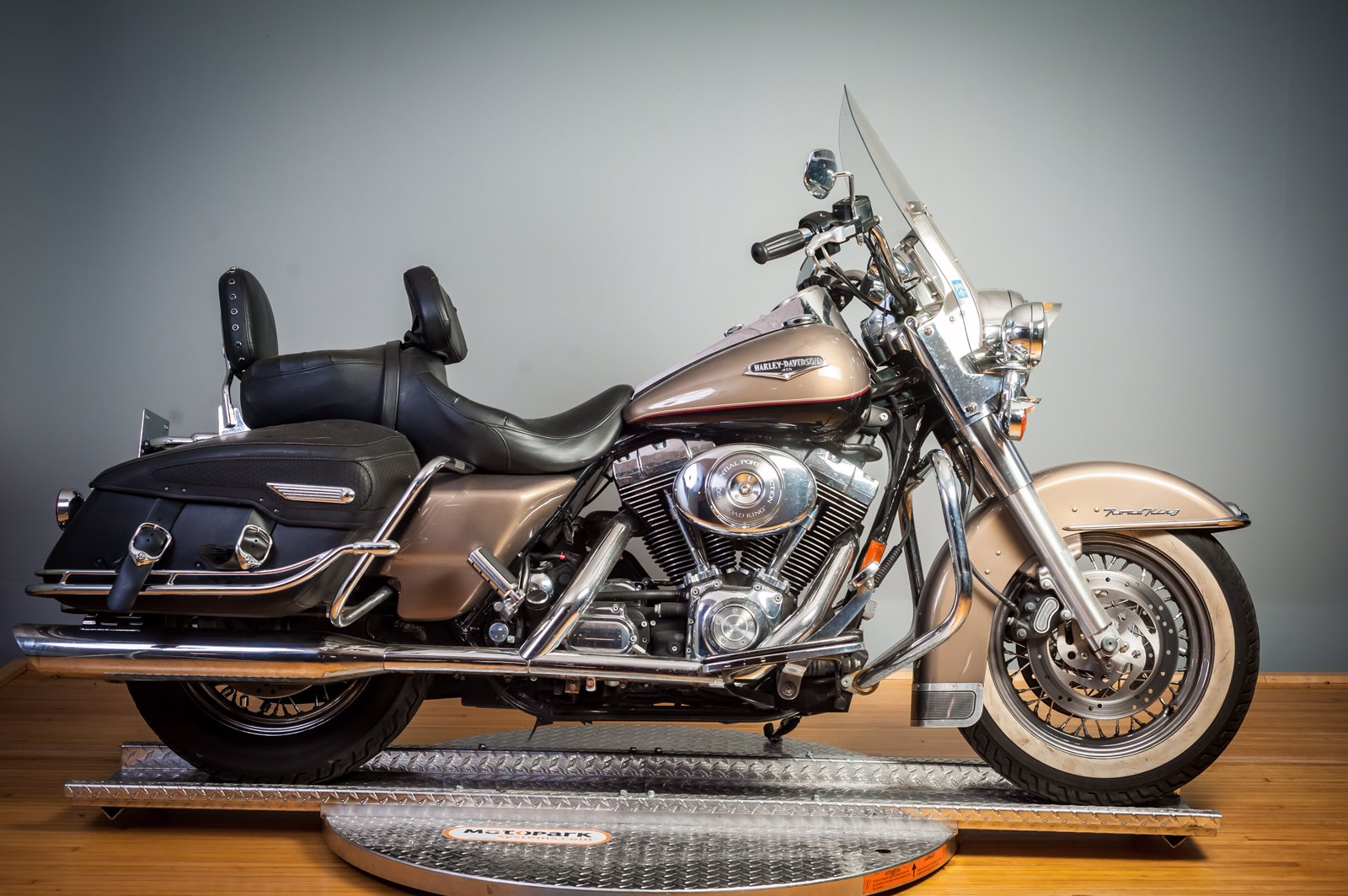 Pre-Owned 2005 Harley-Davidson Road King Classic FLHRC
